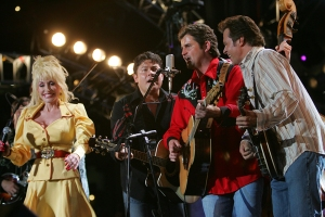 Dolly and The Grascals in 2005