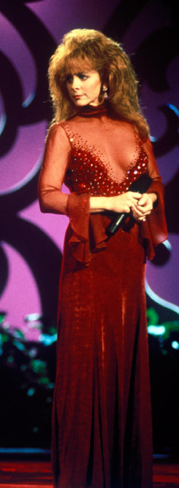 Reba Red Dress Pictures 30